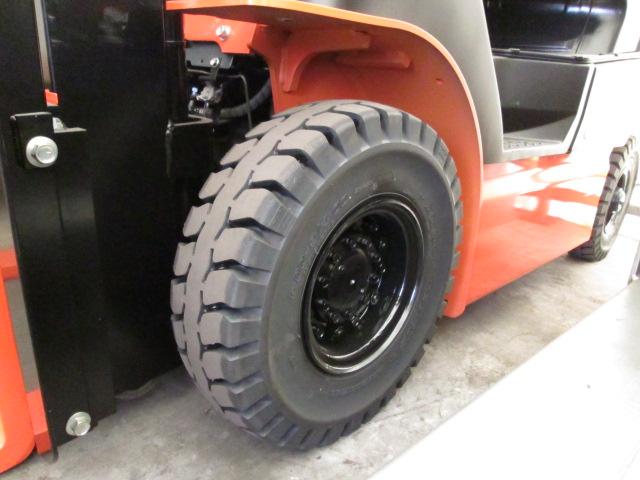 カウンター式フォークリフト用タイヤ
